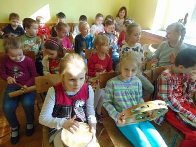 przedszkolaki-z-misia-uszatka-w-naszym-ognisku15