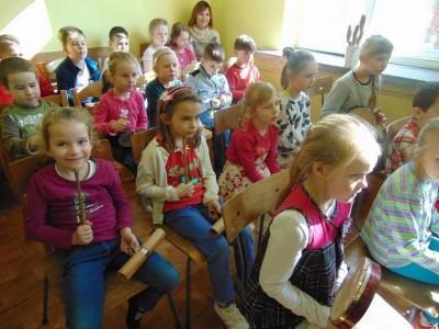 przedszkolaki-z-misia-uszatka-w-naszym-ognisku21
