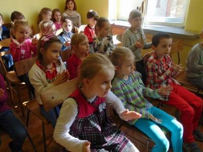 przedszkolaki-z-misia-uszatka-w-naszym-ognisku7